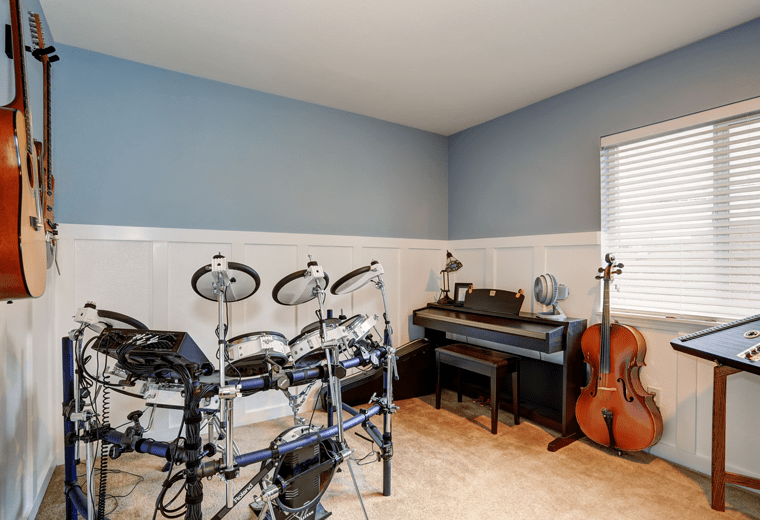 Musikzimmer im Keller